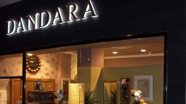 La franquicia de moda femenina Dándara inaugura una tienda en Valladolid