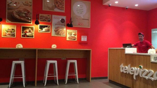 Cierre de comedores escolares: Madrid acuerda con Telepizza ofrecer menús para niños