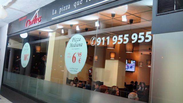 La franquicia Pizzerías Carlos inaugura tres pizzerías